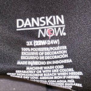 Danskin T-shirt